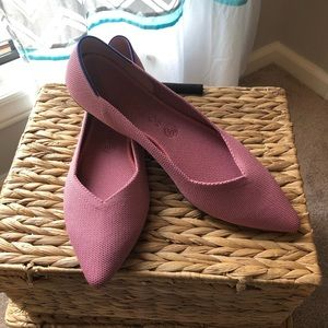 Rothy's Rosebud pink points size 11